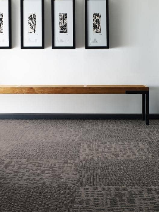 Carpet tiles vs wall to cost home the honoroak for Wall to wall carpet cost