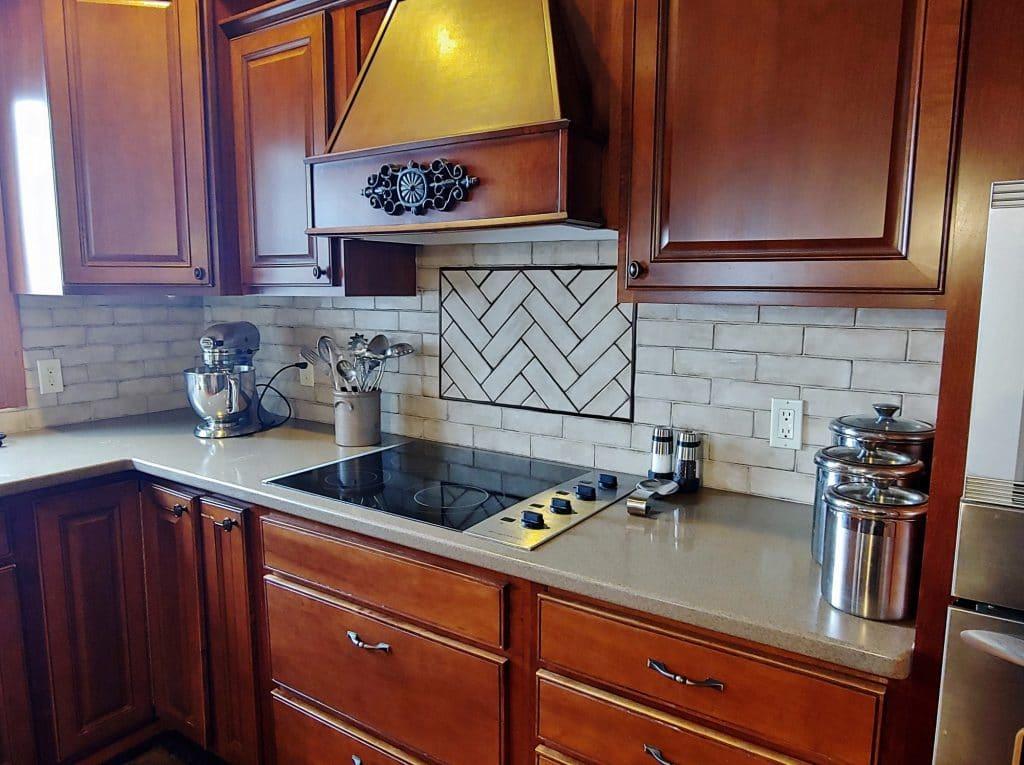 rustic kitchen tile backsplash