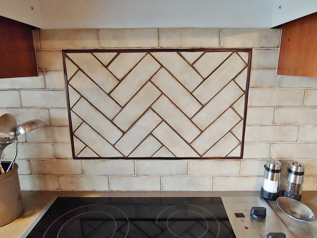 rustic tile kitchen backsplash