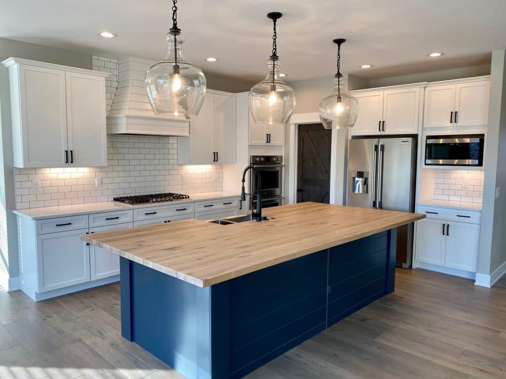 modern farmhouse kitchen white subway tile backsplash